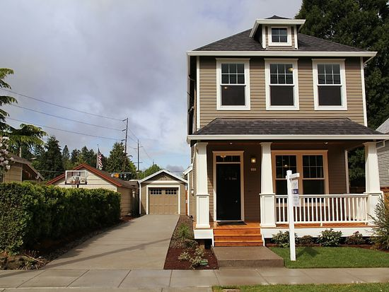 17 NE 74th Ave, Portland, OR 97213
