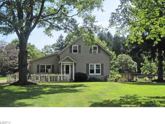 5821 Manchester Rd, New Franklin, OH 44319