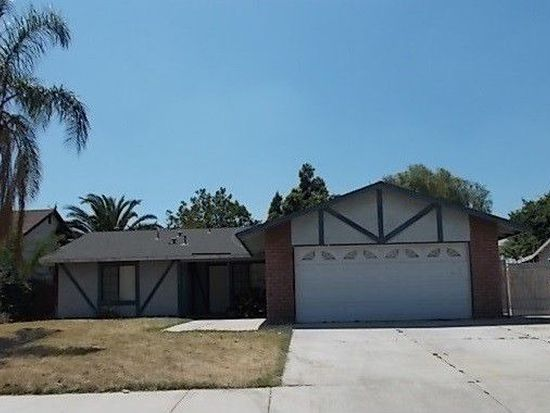 9676 Westeria St, Bloomington, CA 92316