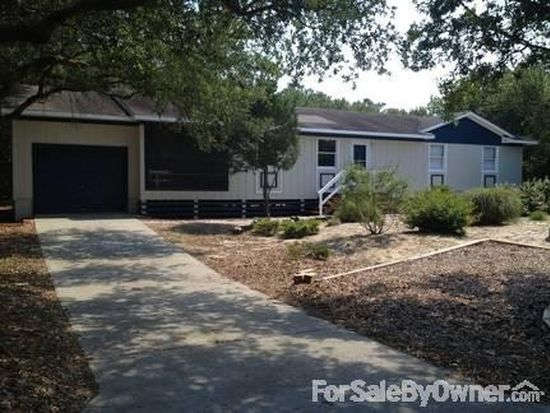 17 1st Ave, Southern Shores, NC 27949