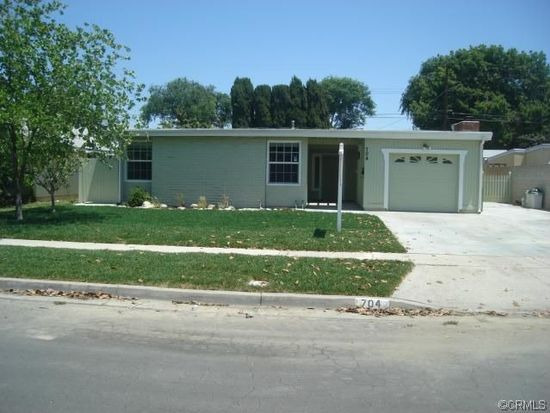704 S Washington Ave, Fullerton, CA 92832