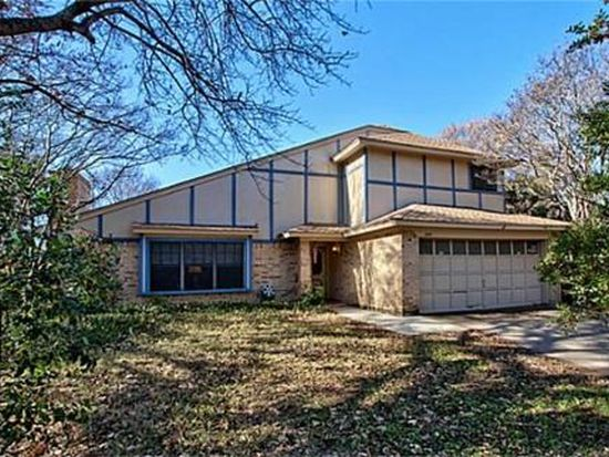 1537 Country Forest Ct, Grapevine, TX 76051