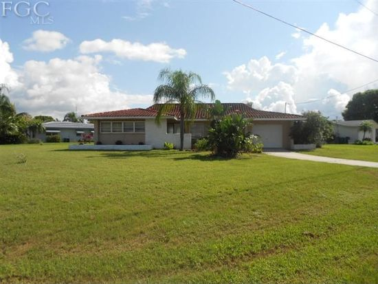 1735 SE 29th Ln, Cape Coral, FL 33904