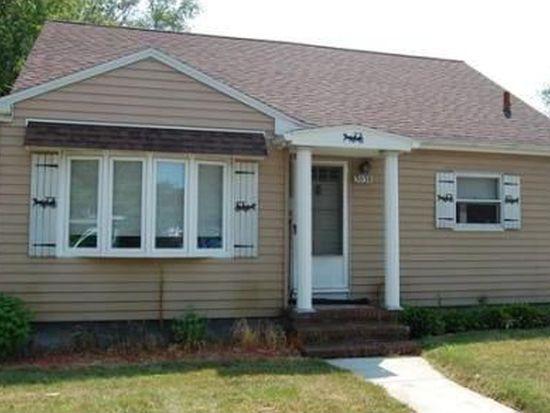 3038 Acushnet Ave, New Bedford, MA 02745
