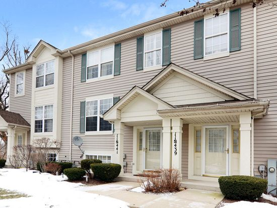 11S441 Rachael Ct, Willowbrook, IL 60527