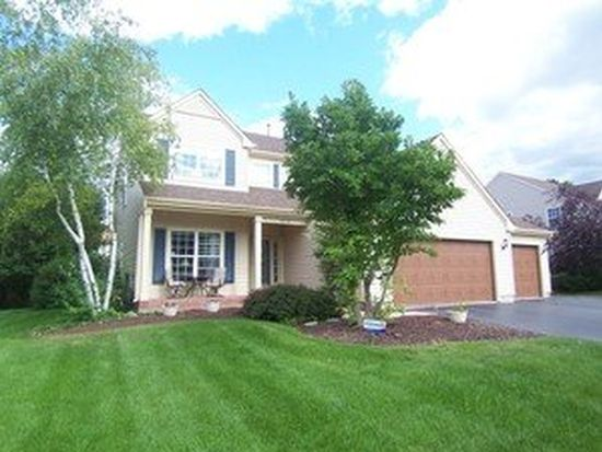 1612 Autumncrest Dr, Crystal Lake, IL 60014