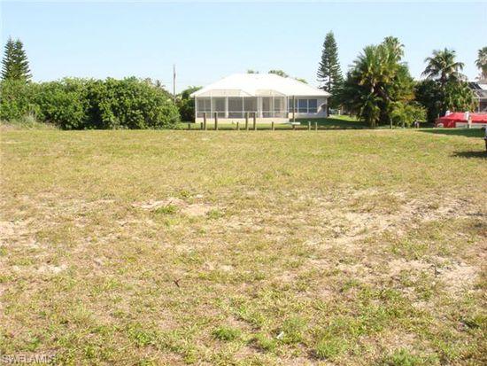 1821 SE 21ST Ter, Cape Coral, FL 33990