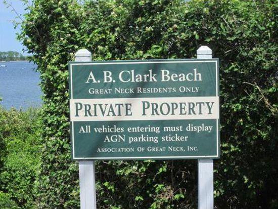 77 Clark Rd, Ipswich, MA 01938