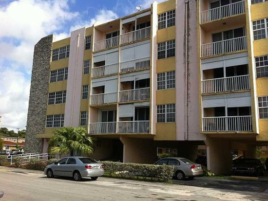 3661 SW 9th Ter APT 401, Miami, FL 33135