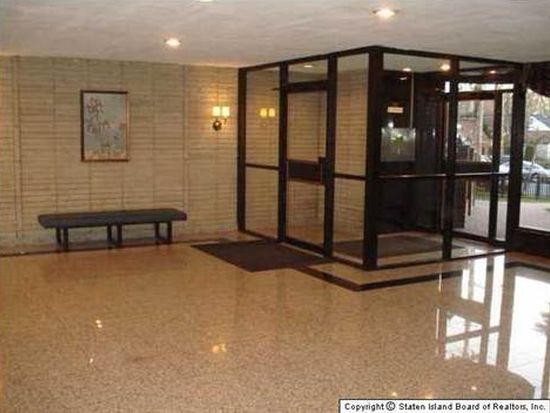 145 Lincoln Ave APT 2L, Staten Island, NY 10306