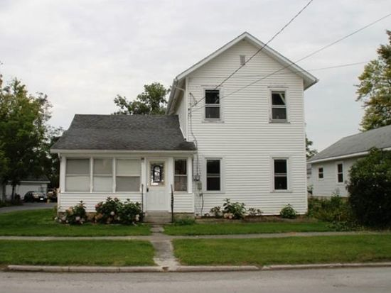 322 E Main St, Portage, OH 43451