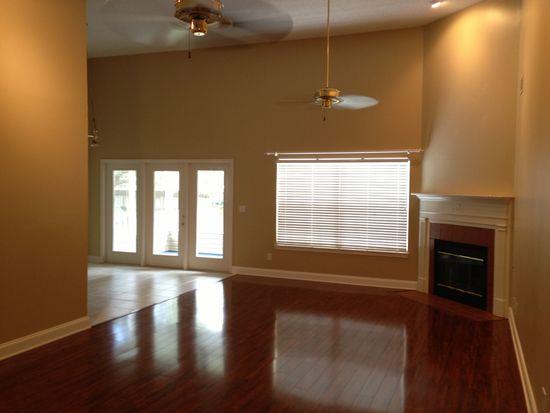414 Parkwood Pl, Niceville, FL 32578