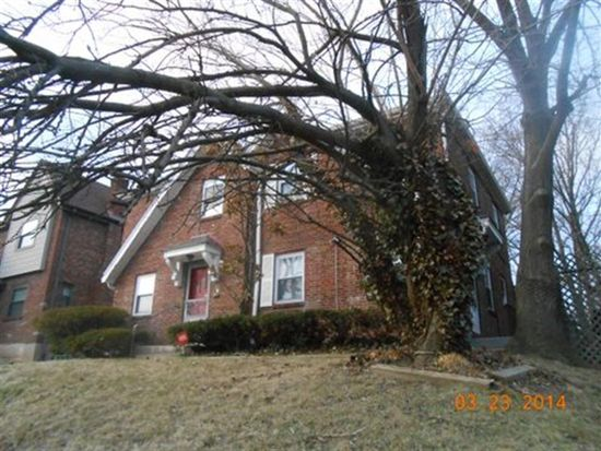 1736 Northampton Dr, Cincinnati, OH 45237