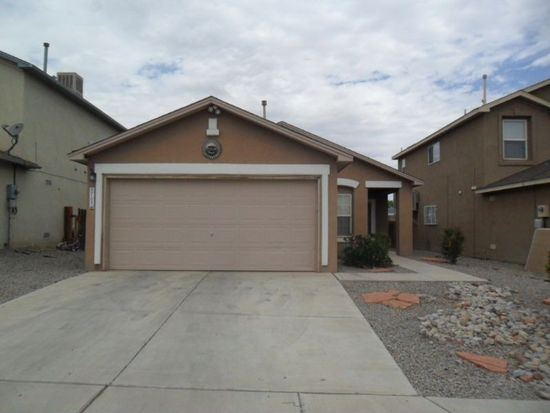 9705 Desert Pine Ave SW, Albuquerque, NM 87121