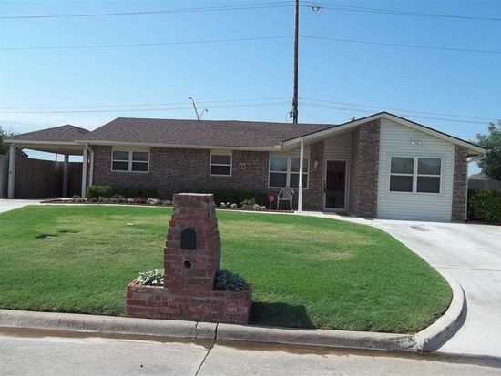 6120 SW Summit Ave, Lawton, OK 73505