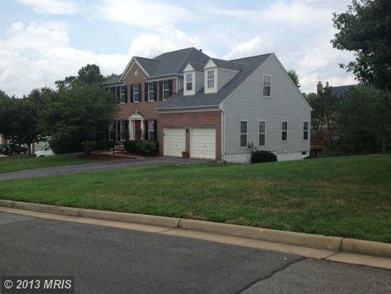 4342 Glastonbury Ct, Dumfries, VA 22025