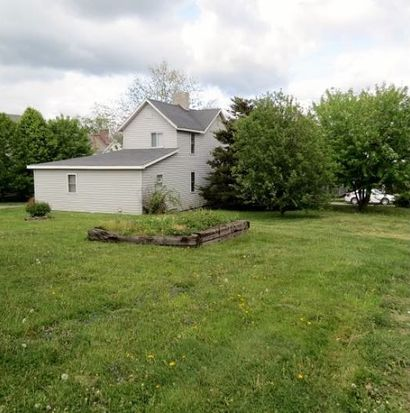 108 Lawn Ave, Uniontown, PA 15401