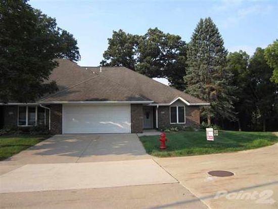631 Larch Ln, Iowa City, IA 52245