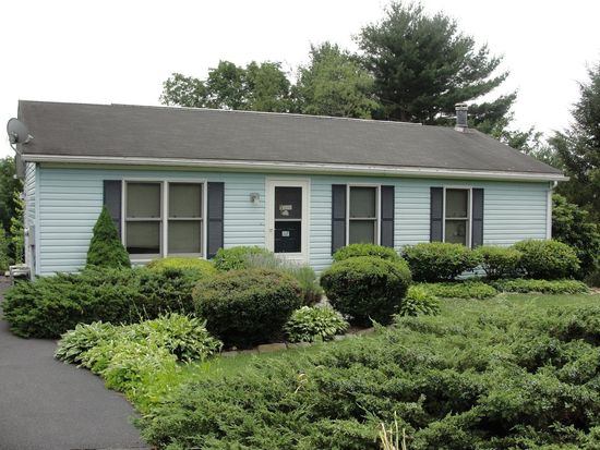 78 Sunny Side Dr, Schuylkill Haven, PA 17972