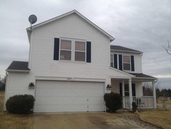 8647 Blooming Grove Dr, Camby, IN 46113