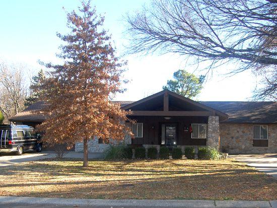 1404 Cedar St, Bartlesville, OK 74006