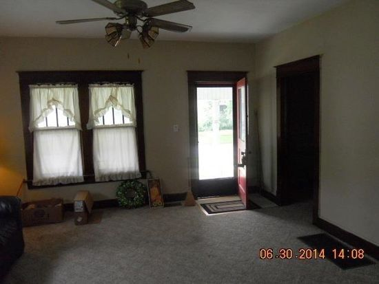 1508 6th Ave, Terre Haute, IN 47807