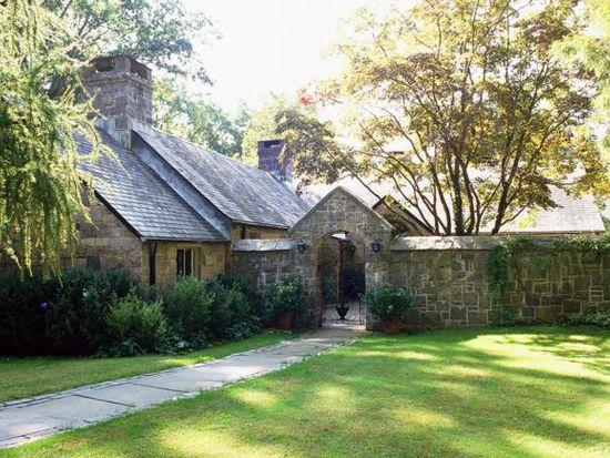 126 Old Church Ln, Pound Ridge, NY 10576
