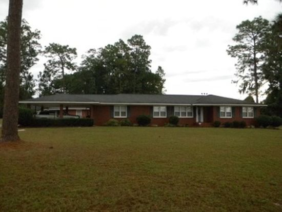 106 Community Dr, Waycross, GA 31501