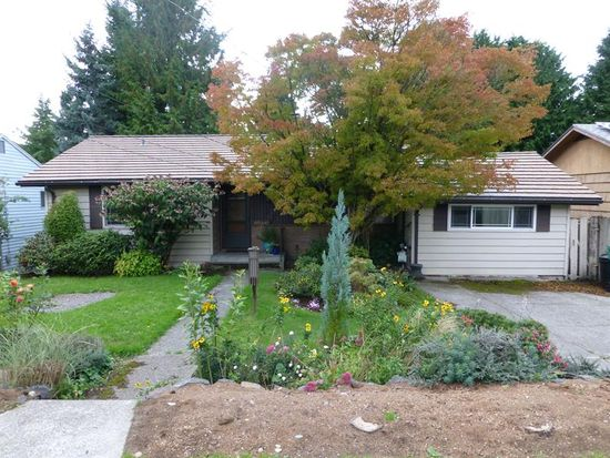 17559 11th Ave NE, Shoreline, WA 98155