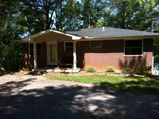 664 Stansell Dr, Hartwell, GA 30643