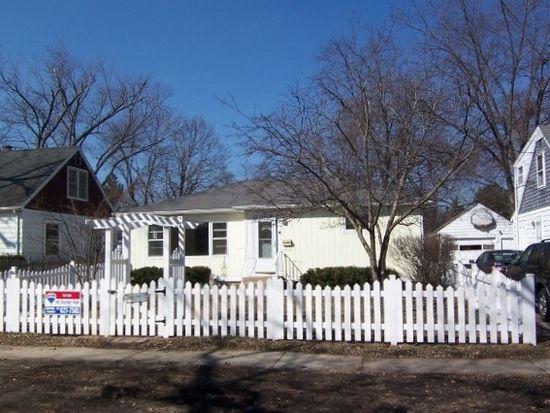 220 Burton St, Grayslake, IL 60030