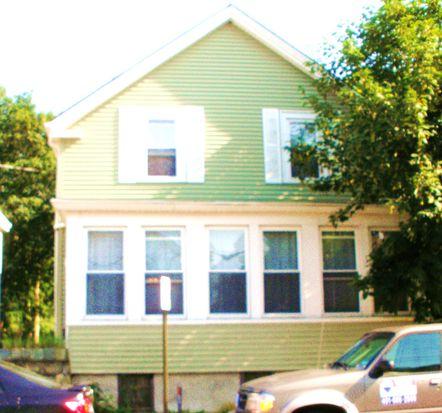 91 Van Zandt Ave, Newport, RI 02840