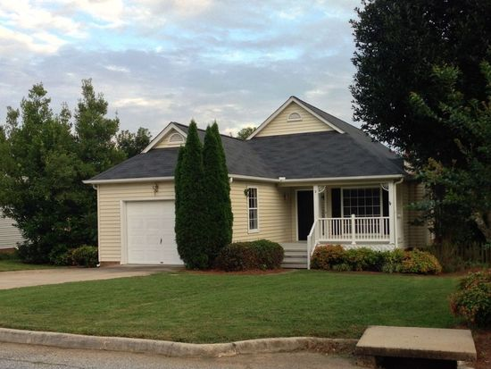 2 Northfield Ln, Simpsonville, SC 29681