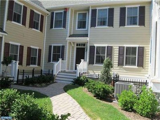 514 Old Lancaster Rd, Haverford, PA 19041