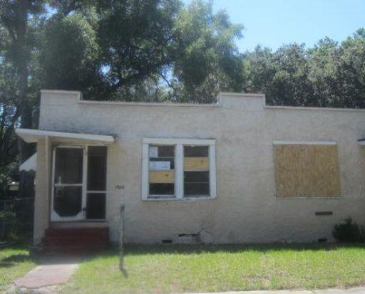 3208 N Bailey St, Tampa, FL 33603
