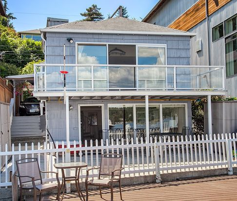 10714 Riviera Pl NE, Seattle, WA 98125