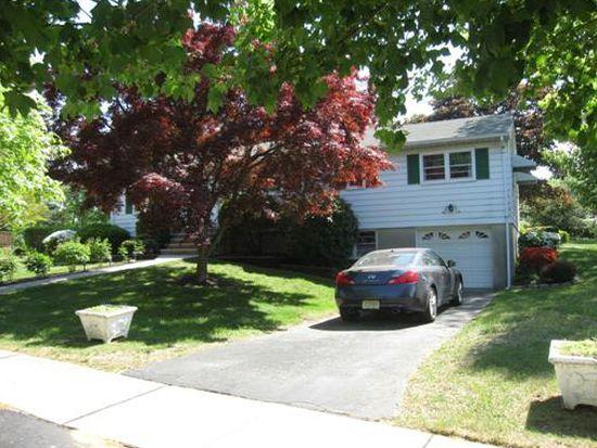 6 Peggy Rd, East Brunswick, NJ 08816