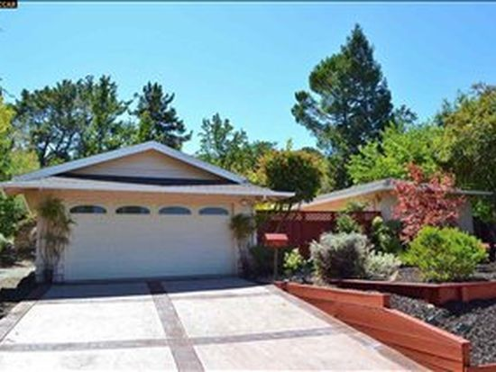 15 Cornell Ct, Pleasant Hill, CA 94523