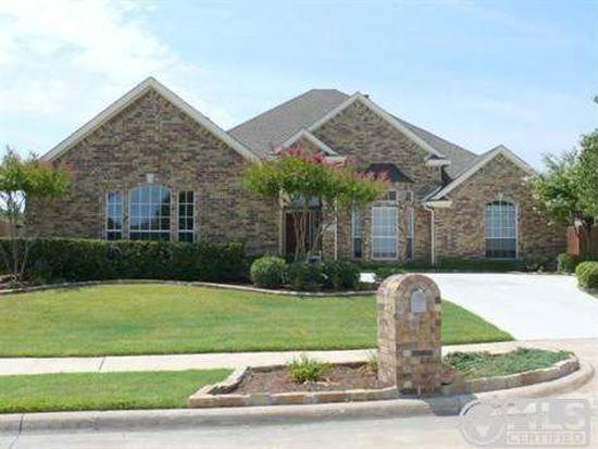 2079 Fair Oaks Cir, Corinth, TX 76210
