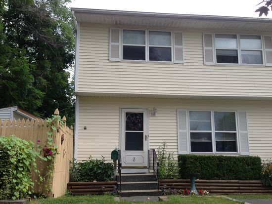 3 Alexander St, Cohoes, NY 12047