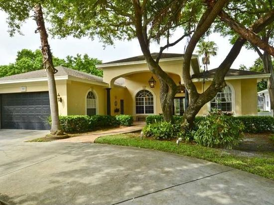 300 Brookside Ct, Palm Harbor, FL 34683