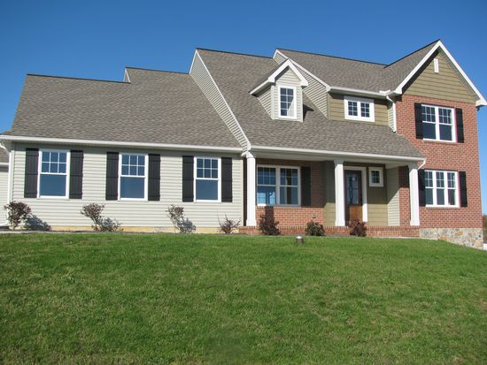 209 Old Mill Rd, Newmanstown, PA 17073