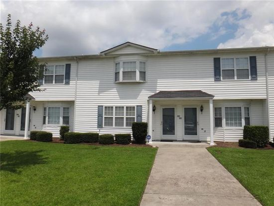 3979 Sterling Pointe Dr UNIT MMM5, Winterville, NC 28590