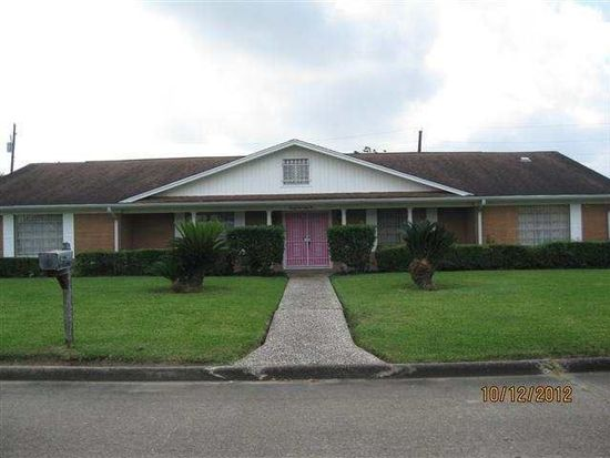 2155 Rampart St, Beaumont, TX 77705