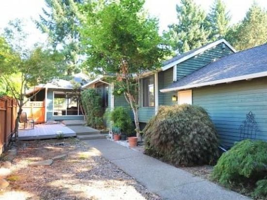 5525 NW Ridgemoor Ct, Portland, OR 97229