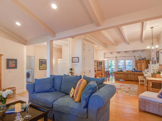 753 Bayview Ave, Pacific Grove, CA 93950