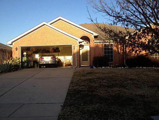9 Rochelle Ct, Mansfield, TX 76063