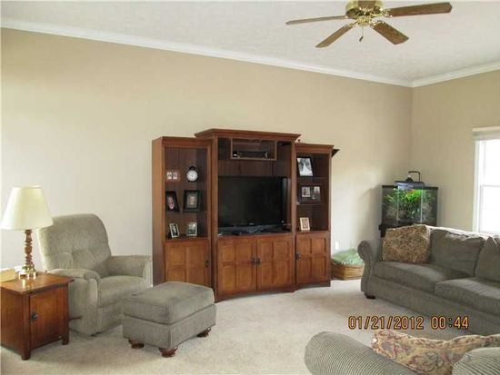 1135 Alfred Cir, Indianapolis, IN 46239