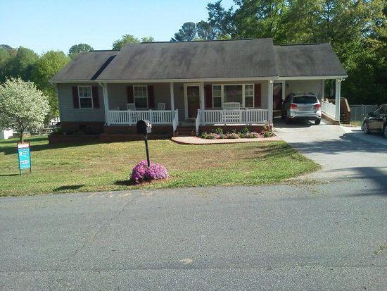 686 Kendall St, Eden, NC 27288