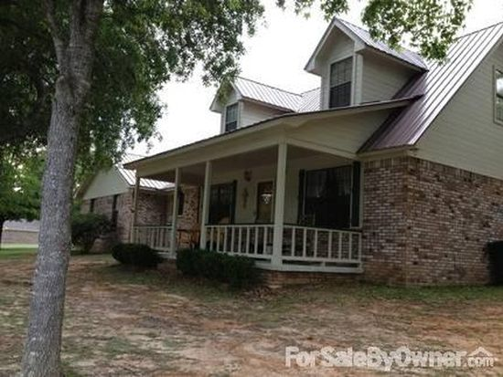 7321 Caraway Rd, Moss Point, MS 39562